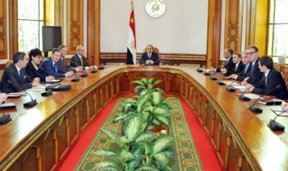 Egitto, confronto tra politica e business